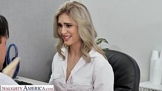 Naughty America - Kelly shows the boss how good her oral sex skills are