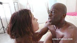 Roxy Dee goes multiracial for the 100% Asshole Bang of her life with Huge Dark Skin Penis