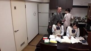 japanese father screw his 18yo daughters