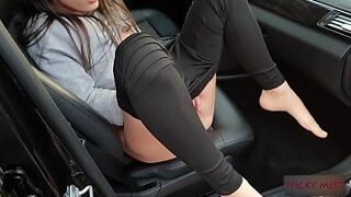Uber driver shag young lady whore at parking near to road