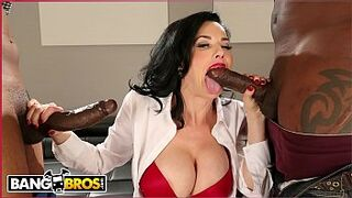 BANGBROS - Veronica Avluv Takes Giant Sable Dicks And Squirts All Over The Place