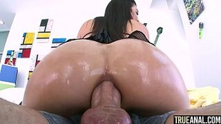 TRUE ASSHOLE Brooklyn Gray's first butthole pounding