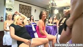 Dancingcock Crazy Party Gal