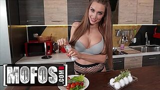 Cooking Before Fucking With Brown-Haired Hot Teen (Luxury Sweet Sixteen) - Mofos