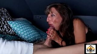 Lovely Stepmother Sucks So GOOD He Cums three Times