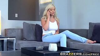 Brazzers - b. Got Big Boobs - Kylie Page and Keiran Lee - Dreadful b.sitter