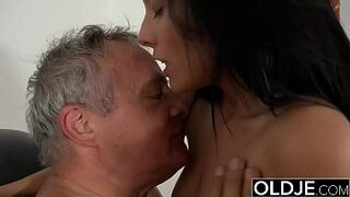 Caught Grandpa Having Intercourse With Teenager Dark-Haired at job interview