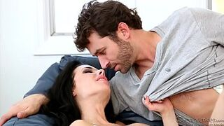 Veronica Avluv Double Penetrated Mom