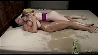 Deauxma has big squirting orgasms with Sunny Lane.
