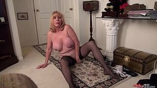 Lady Phoenix Skye creaming the cock solo display with a adorable mother in law maid