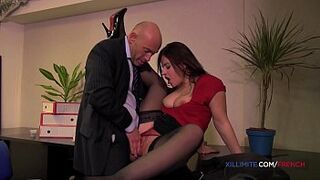 Asshole sex act with French darkis Lexie Candy