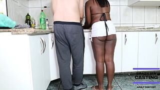 THE FEMALE OF MY NEIGHBOR HAS A DELICIOUS YUMMY 18YO INVITES ME TO EAT HIS WOMAN THAT NEIGHBOR'S CROWN STRIPPED SCREEN