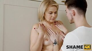 SHAME4K. Experienced cougar hooks up with a stud when he approaches