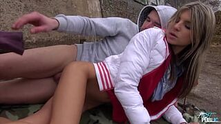 Gina Gerson and her first outdoors, vagina bang and cum on face included
