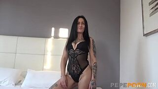 Oral Sex sexual intercourse and doggy between excited Sofia and an amateur rookie