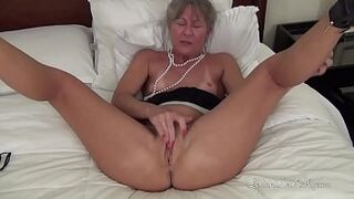 Mature Sex By Hand Vol two