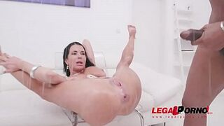Veronica Avluv fisted by Matron Dee, assfucked by monster cocks & pissed all over SZ2139