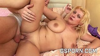 Chubby stepmother massive natural bobbies screwed by rough man meat