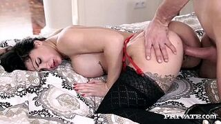 Ideal Butt Susy Gala Has Her Vagina Filled Up
