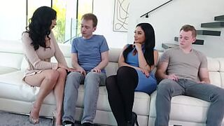Fully Stacked Mature Stepmoms Decide To Reward Their Girl Stepsons With A Cutie Sweaty Foursome