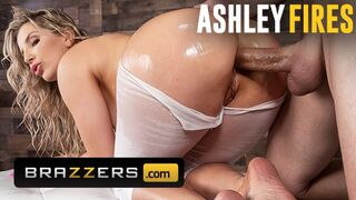 Brazzers - Thicc Ashley Fires get Butt Banged through Yoga Pants
