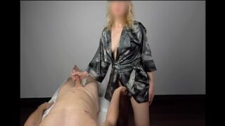 Massage Happy ending by Beauty Queen Platinium gives Great Self-Stimulation - 4K