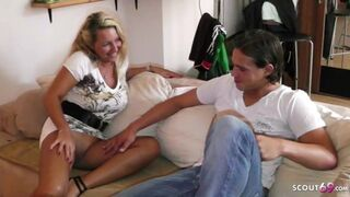 German Enormous Natural Boobs Mature Mom Seduce Daughter Friend of Baby to Shag