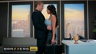Large Bobbies at Work - (Autumn Falls, Xander Corvus) - Inside-Her Trading - Brazzers