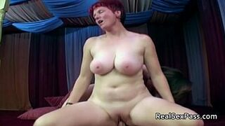 2 chubby matures pleasing 1 guy