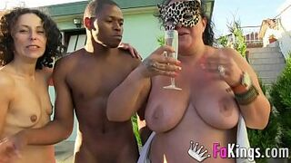 She was tired of normal intercourse, so cuck husband arranged a TRIO WITH A MATRON AND A DARK SKIN DUDE