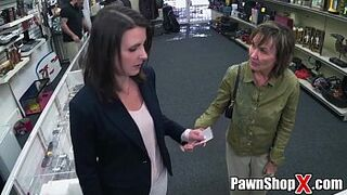 Argument in Pawn Shop Gets Settled with Hardcore Sexual Intercourse xp13823