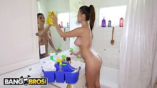 BANGBROS - Carrie Brooks Is A Babe, Childlike Maid With A Babe Booty