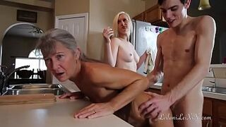 Freeze N Shut up uncut-faultless Menage A Trois Roleplay