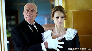 Brazzers - British adorable Erica Fontes gets pounded